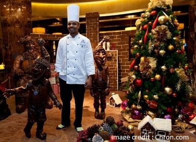 Hilton chef creates a one-tonne chocolate display for Christmas